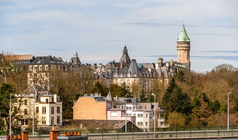 Mening van het historische centrum van de stad van Luxemburg stock foto