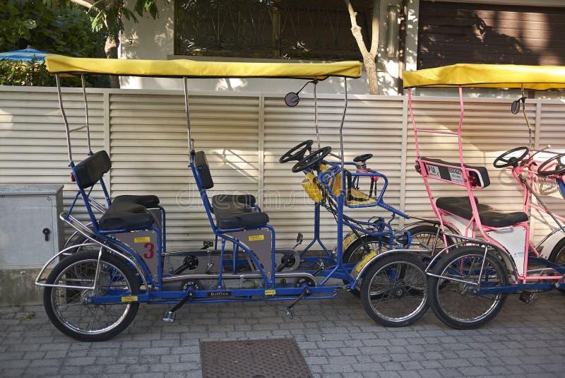 Mening van het Huren van fietsen stock foto