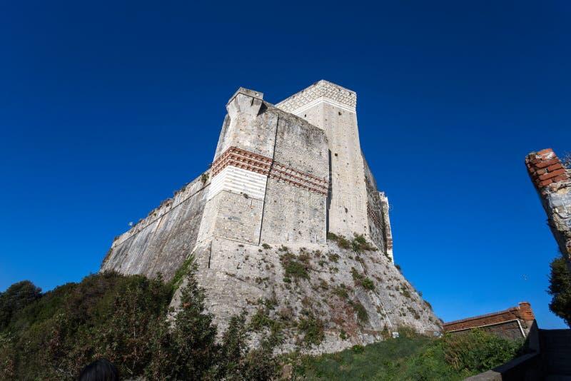 Mening van het Kasteel van Lerici, de provincie van La Spezia, Ligurië, Italië stock fotografie