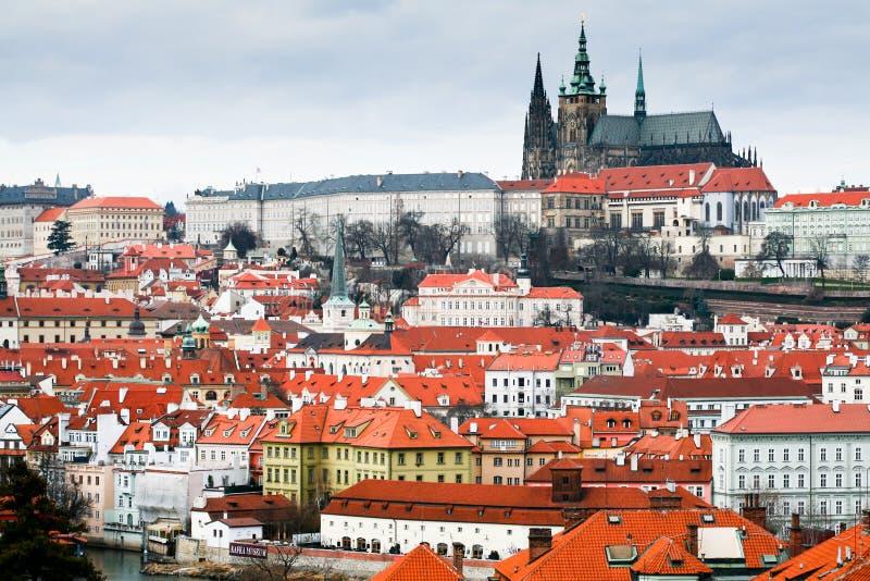 Mening van het Kasteel van Praag stock fotografie