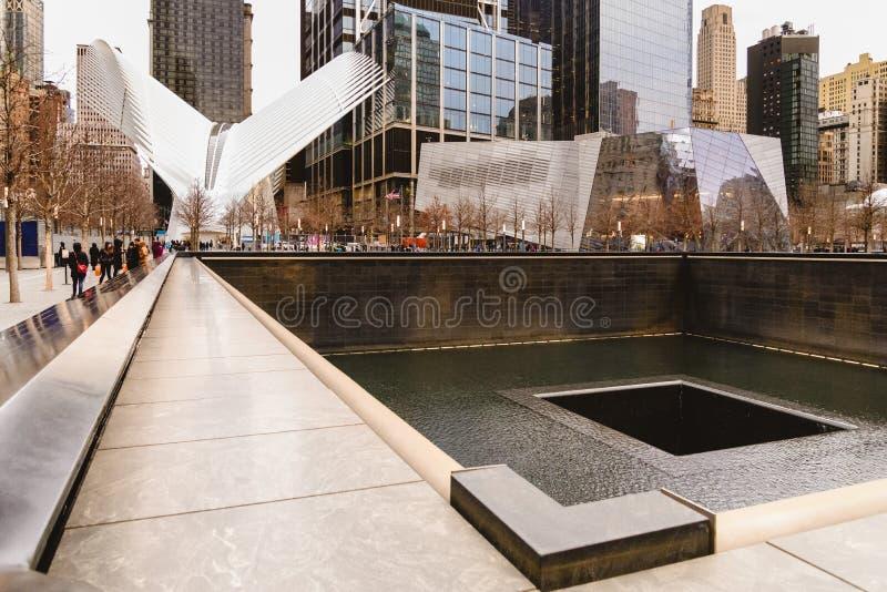 Mening van het nieuwe Wereldhandelscentrum in Manhattan van de binnenstad stock foto's