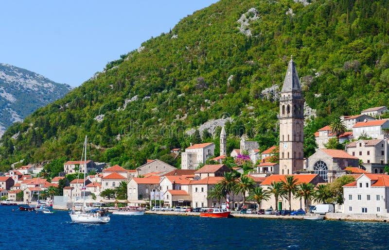 Mening van het overzees op Perast, Kotor-Baai, Montenegro royalty-vrije stock afbeelding