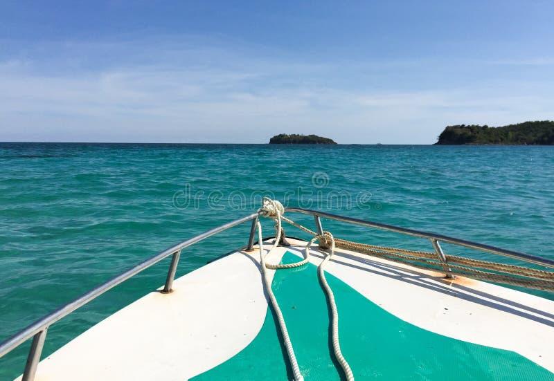 Mening van het overzees van motorboot in het eiland van Phu Quoc royalty-vrije stock foto's