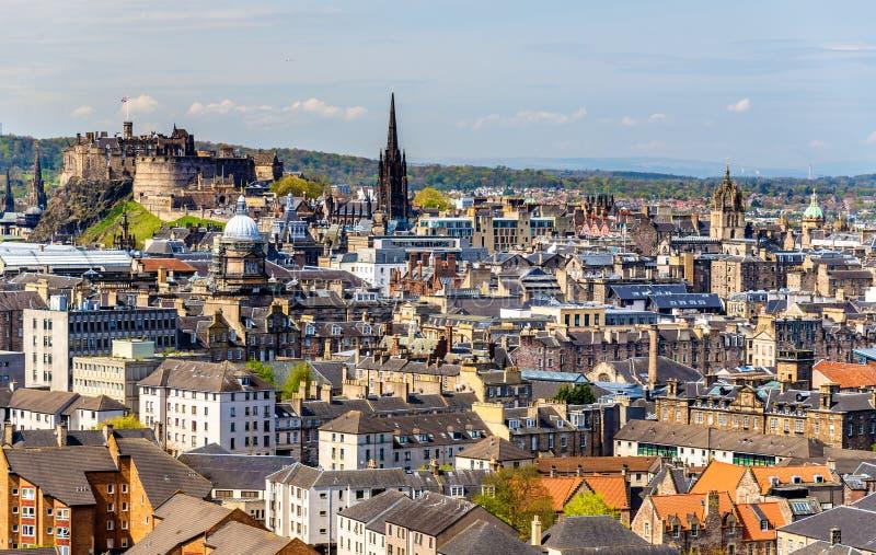 Mening van het stadscentrum van Edinburgh stock fotografie