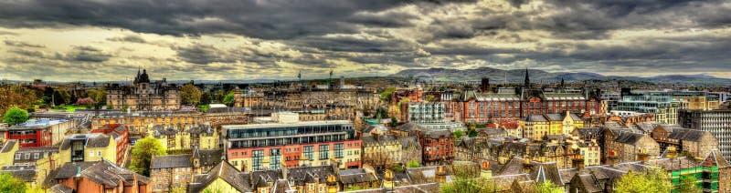 Mening van het stadscentrum van Edinburgh royalty-vrije stock foto's