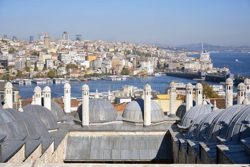 Mening van het terras van Suleymaniye-moskee in Istanboel stock afbeelding