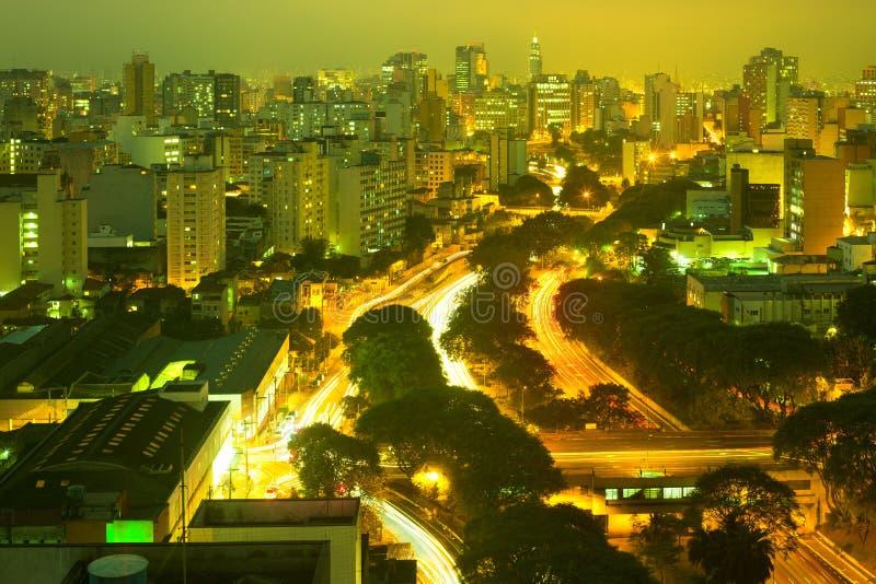 Mening van horizon en Weg van de binnenstad 23 DE Maio in Sao Paulo stock fotografie