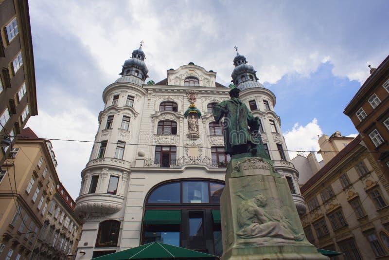Mening van Johannes Gutenberg Monument, Wenen stock foto