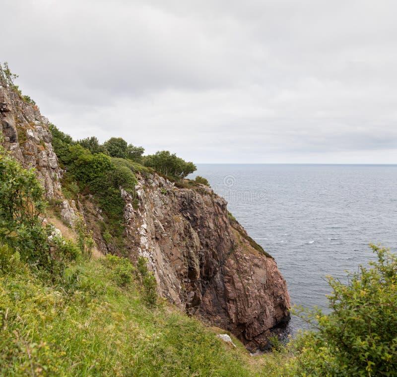 Mening van Kullaberg een rotsachtig schiereiland en een aard reserv in Zuid-Zweden stock fotografie