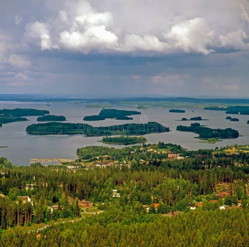 Mening van Kuopio met meren, Finland stock foto