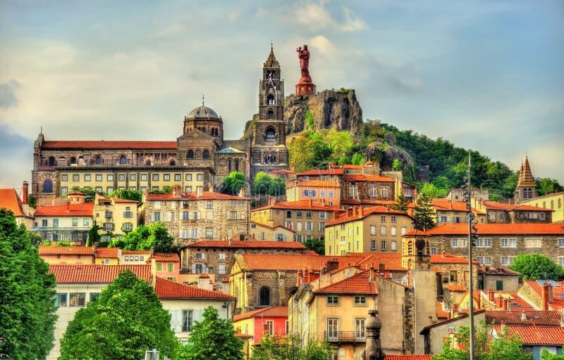 Mening van Le Puy-en-Velay, een stad in Haute-Loire stock foto
