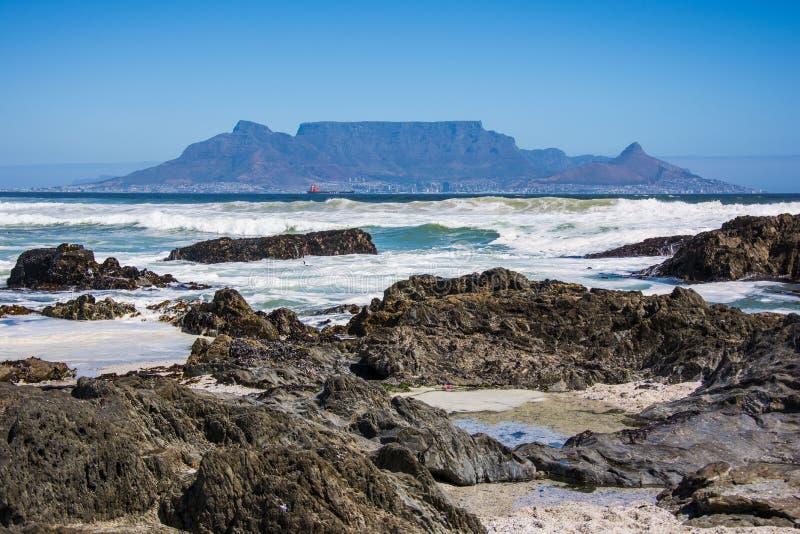 Mening van Lijstberg van Blouberg-strand in Cape Town royalty-vrije stock afbeeldingen