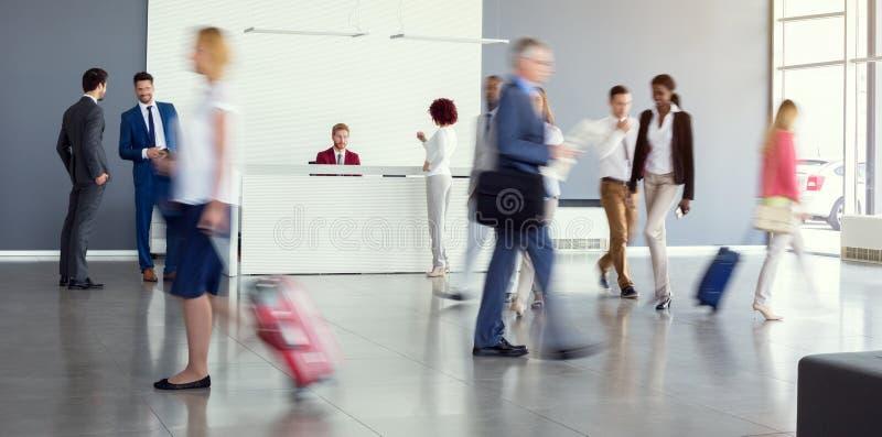 Mening van luchthavenzaal stock foto's