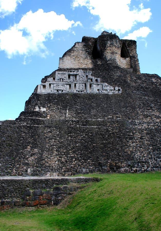 Mening van Mayan Ruïnes stock afbeeldingen