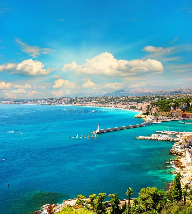 Mening van mediterrane toevlucht, Franse riviera royalty-vrije stock fotografie