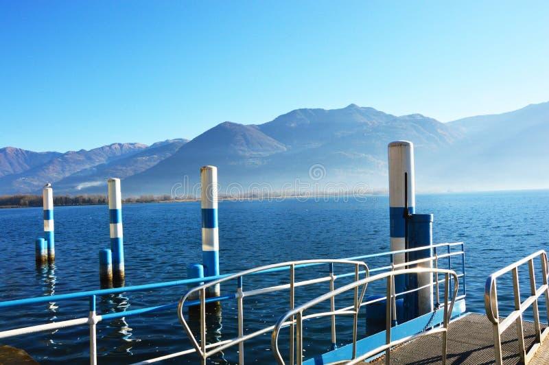 Mening van Meer Iseo, Lovere, Italië stock afbeelding