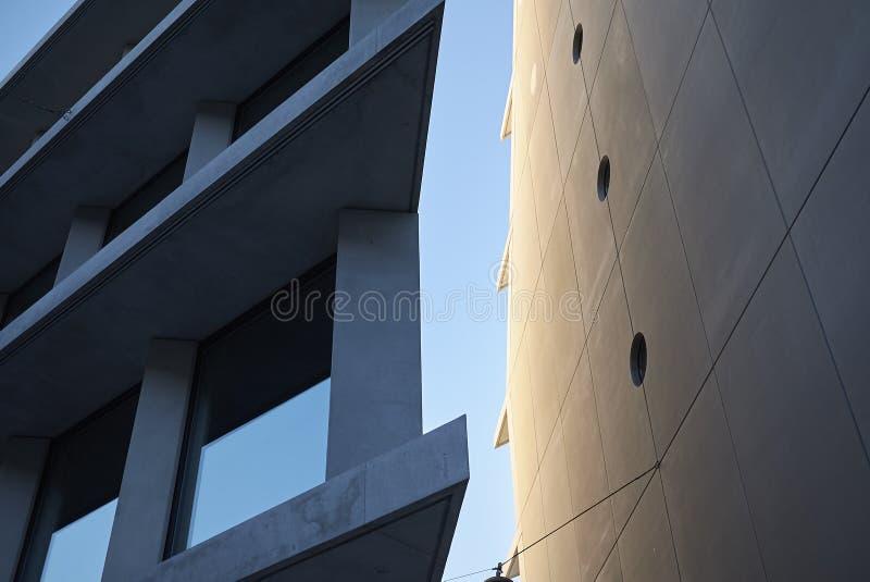 Mening van Microsoft en de gebouwen van Fondazione Feltrinelli royalty-vrije stock afbeeldingen