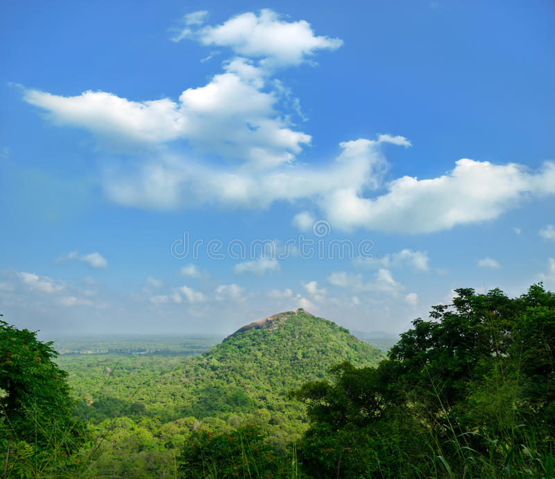 Mening van onderstel Sigiriya royalty-vrije stock afbeeldingen