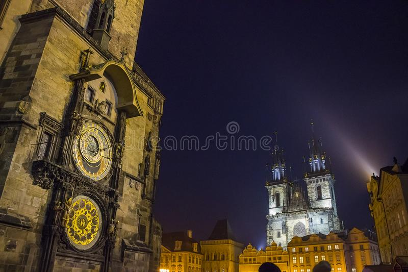 Mening van oud stadsvierkant in Praag stock fotografie