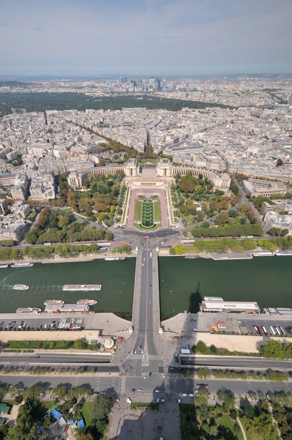 Mening van Parijs vanaf de bovenkant van de toren van Eiffel. royalty-vrije stock fotografie