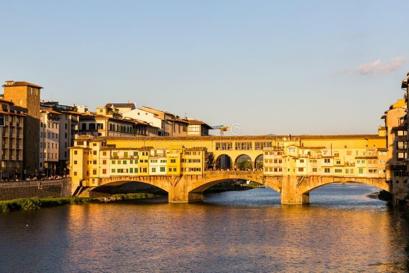 Mening van Ponte Vecchio in Florence, Italië stock fotografie