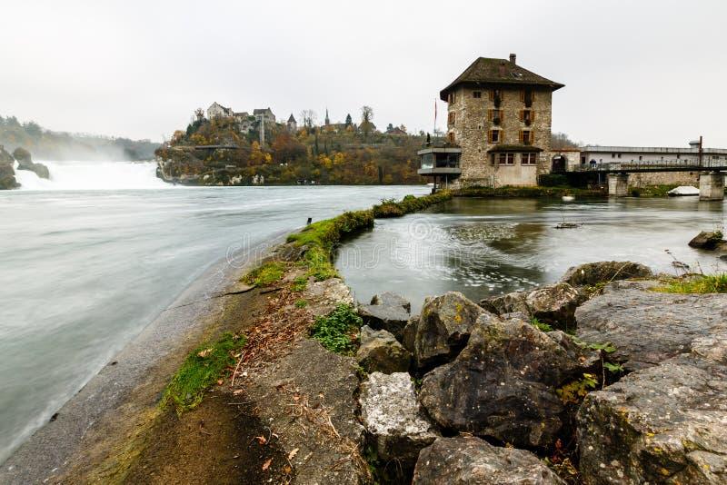 Mening van Rhinefall, de Grootste Waterval in Europa royalty-vrije stock foto