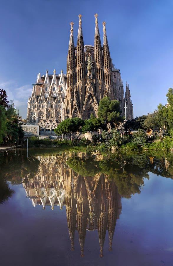 Mening van Sagrada Familia kathedraal in Barcelona in Spanje stock foto
