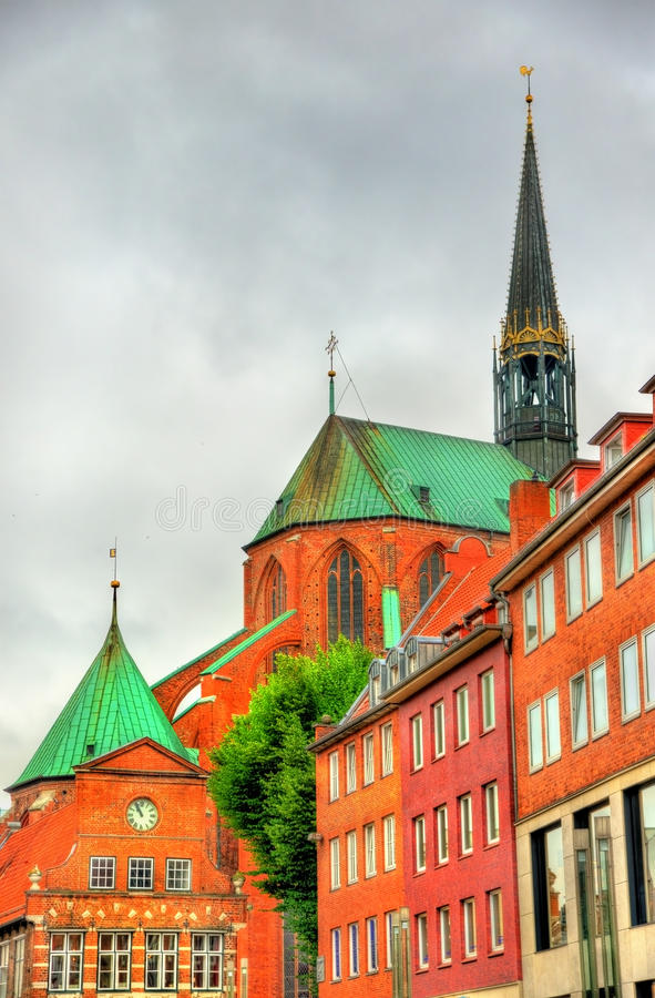 Mening van St Marys Kerk in Lübeck - Duitsland royalty-vrije stock foto's