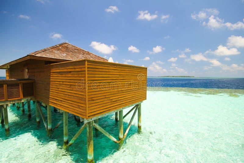 Mening van vilamendhooeiland de Maldiven stock foto