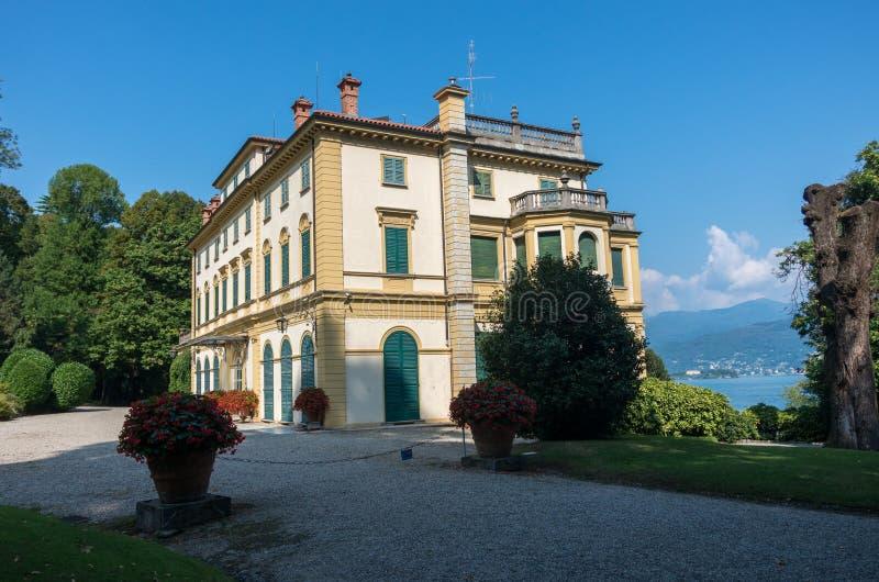 Mening van Villa Pallavicino, de oude woonplaats op Meer Maggior stock fotografie