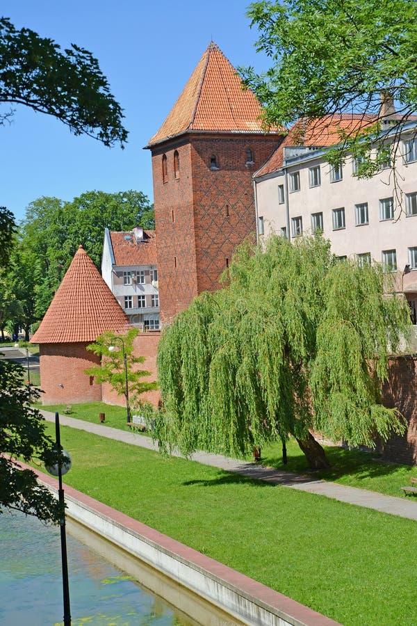 Mening van watchtowers in de zonnige dag BRANIEWO, POLEN royalty-vrije stock foto's
