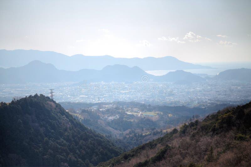 Mening van weg aan Mishima skywalk royalty-vrije stock foto's