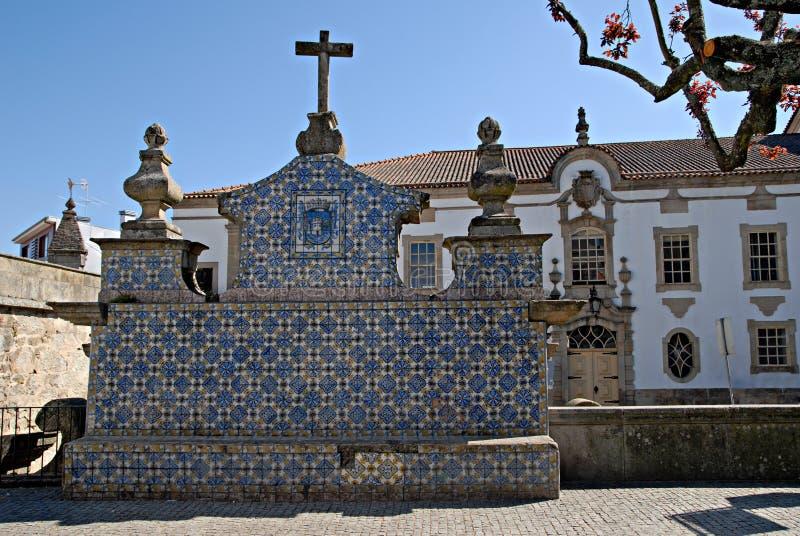 Mening van weinig stad Viseu, Portugal. stock afbeelding