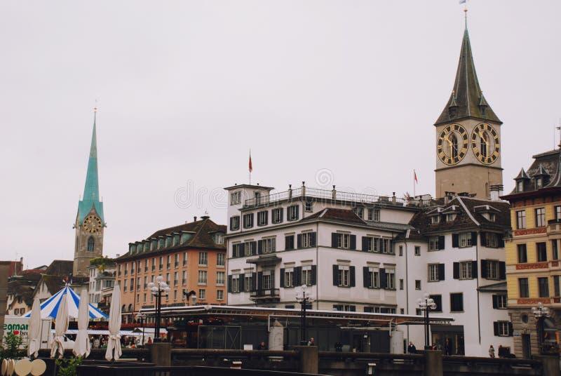 Mening van Zürich, de hoofdstad van Zwitserland stock foto's