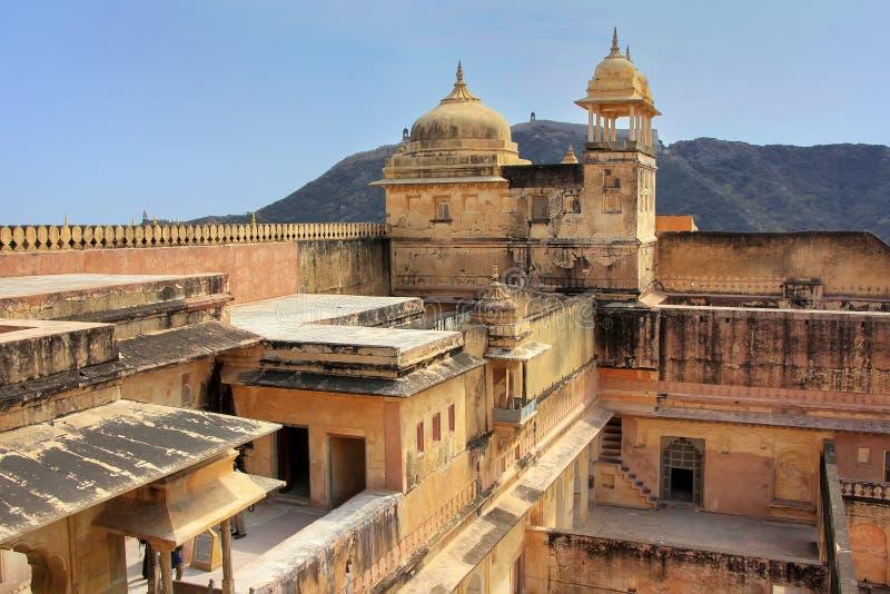 Mening van zenana in de vierde binnenplaats van Amber Fort, Rajasthan, stock foto's
