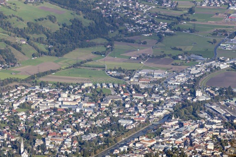 Meningen over Lienz in Oostenrijk royalty-vrije stock foto