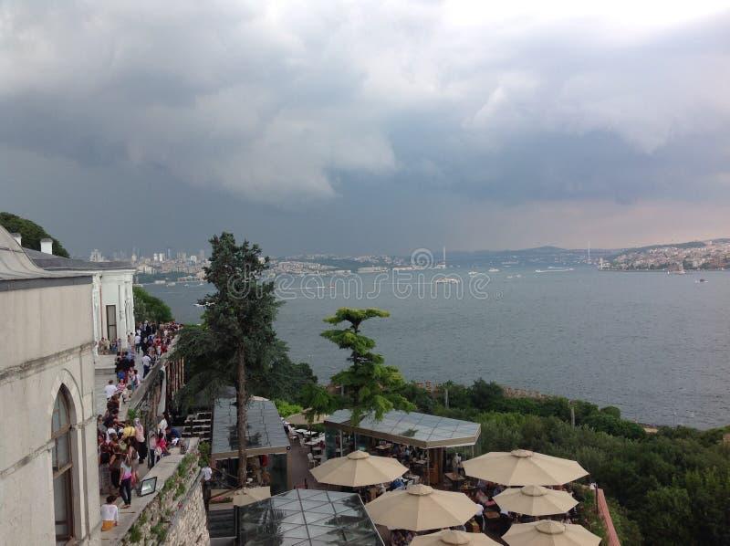 Meningen van Bosphorus van het Topkapi-paleis, Istanboel, Turkije royalty-vrije stock foto's