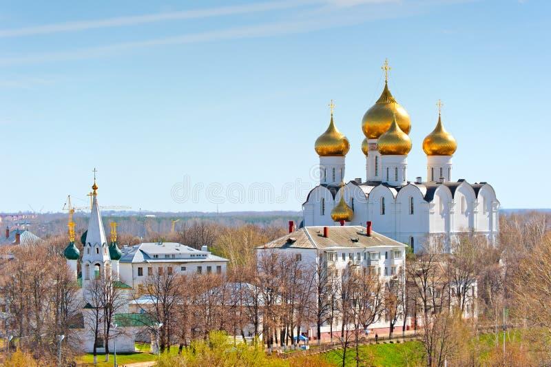 Menings stedelijke architectuur van Yaroslavl van hierboven royalty-vrije stock afbeeldingen
