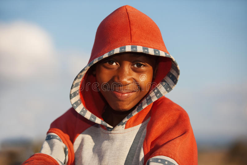 Menino africano feliz fotografia de stock