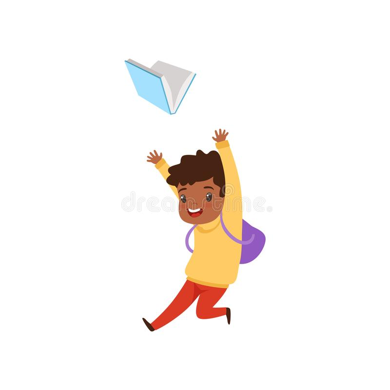 Menino afro-americano bonito que salta com livro, estudante da escola primária que joga e que aprende a ilustração do vetor na ilustração royalty free