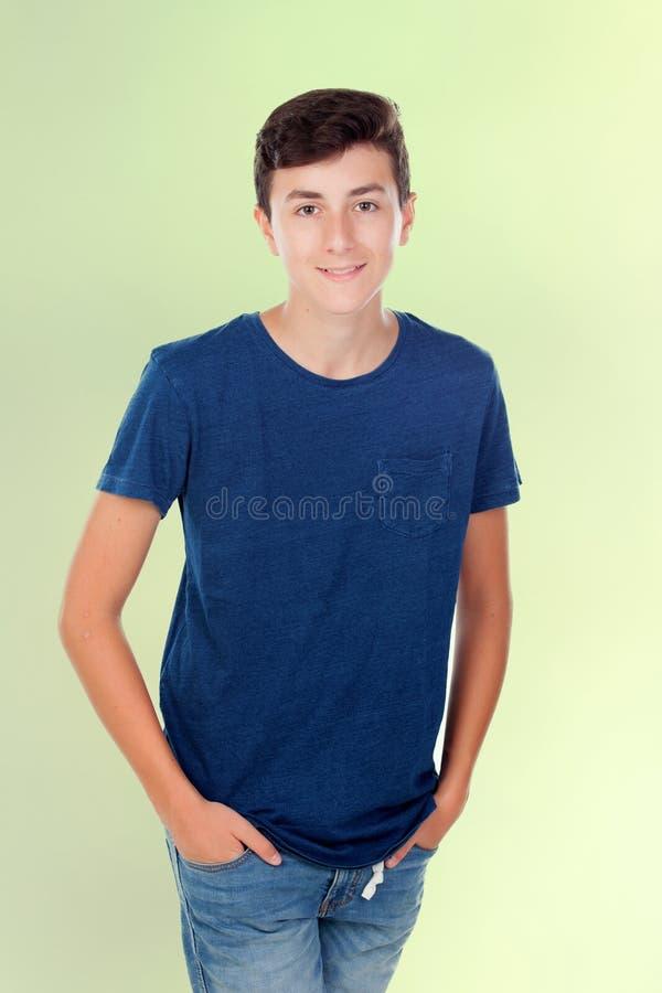 Menino caucasiano novo de Brown fotografia de stock