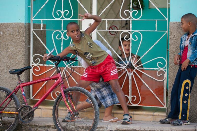 Menino cubano pequeno imagens de stock