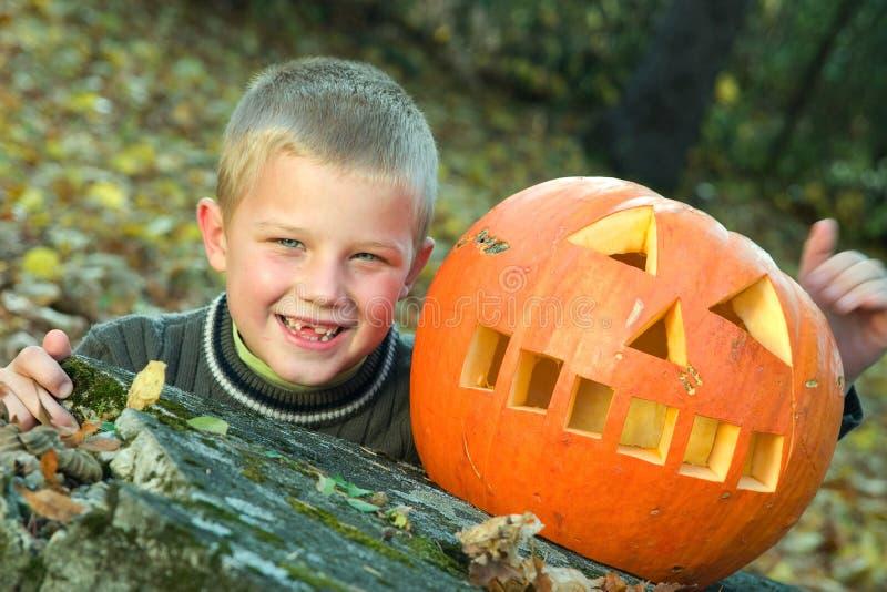 Menino de Halloween fotografia de stock
