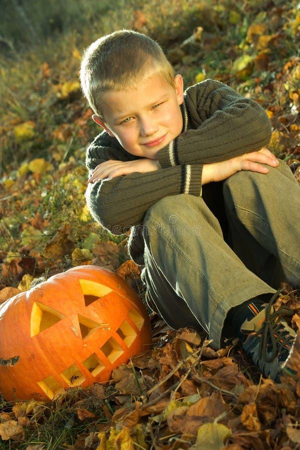 Menino de Halloween foto de stock