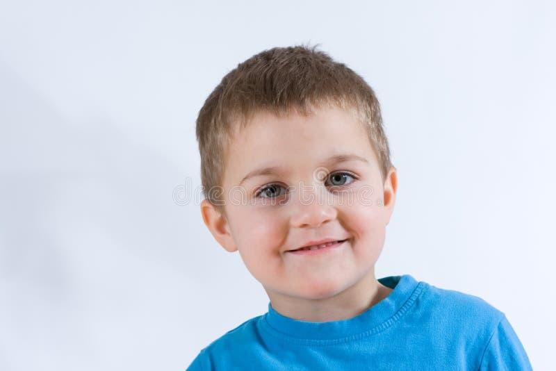 Menino de sorriso imagem de stock royalty free