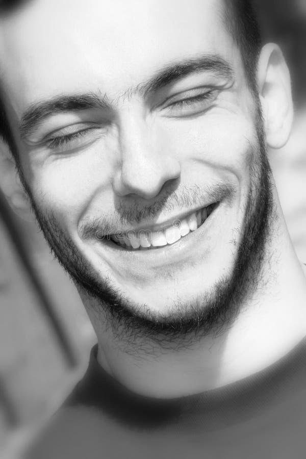 Menino de sorriso/conceito da felicidade e da alegria fotografia de stock