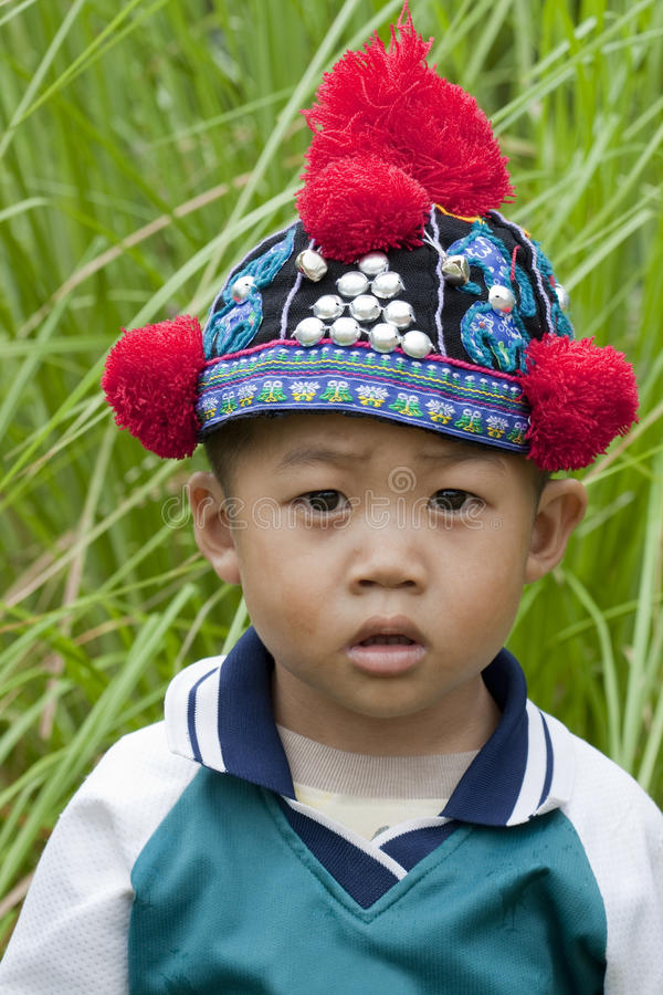 Menino do retrato de Ásia, Akha imagem de stock royalty free