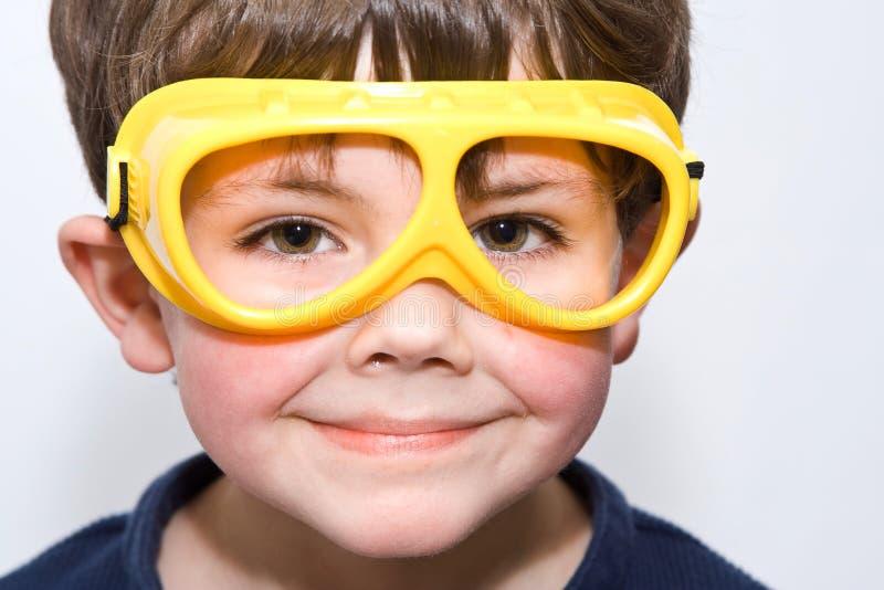 Menino dos óculos de proteção imagem de stock royalty free
