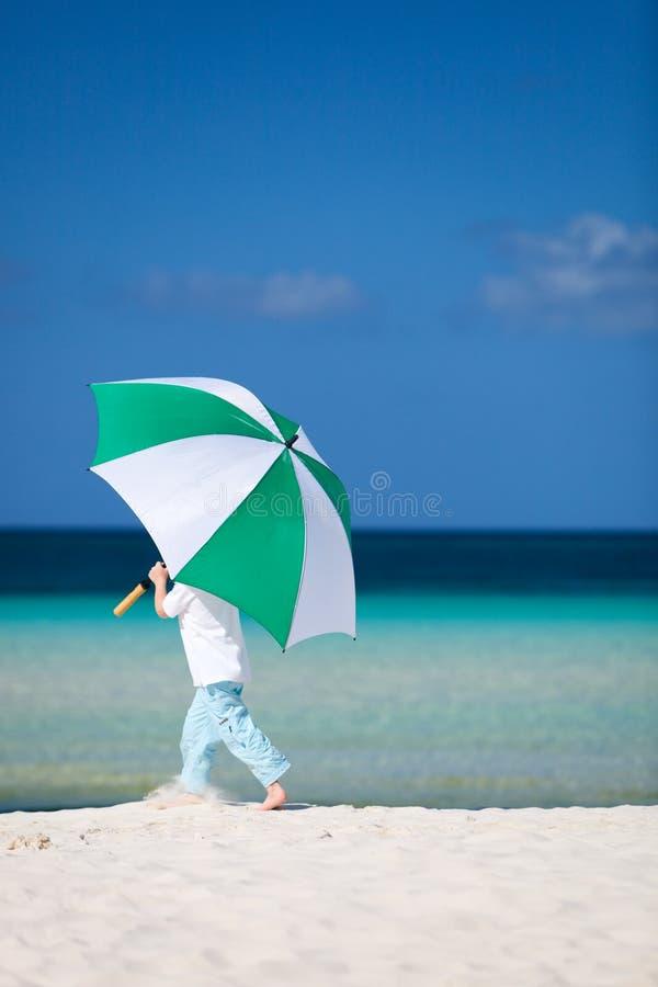 Menino em férias fotografia de stock royalty free