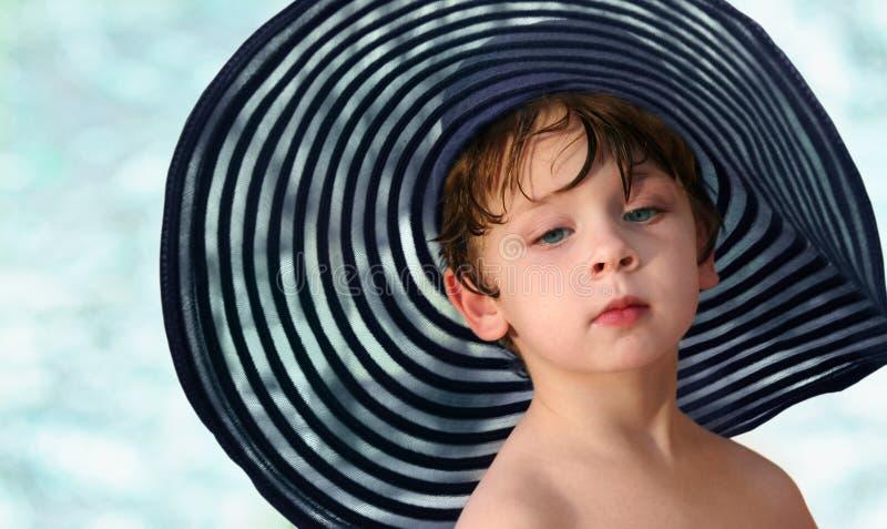 Menino em um chapéu fotos de stock